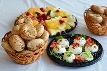 Bagels, Pastries & Fruit Breakfast