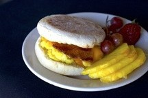 Breakfast Wraps / Sandwiches with Fruit & Drinks